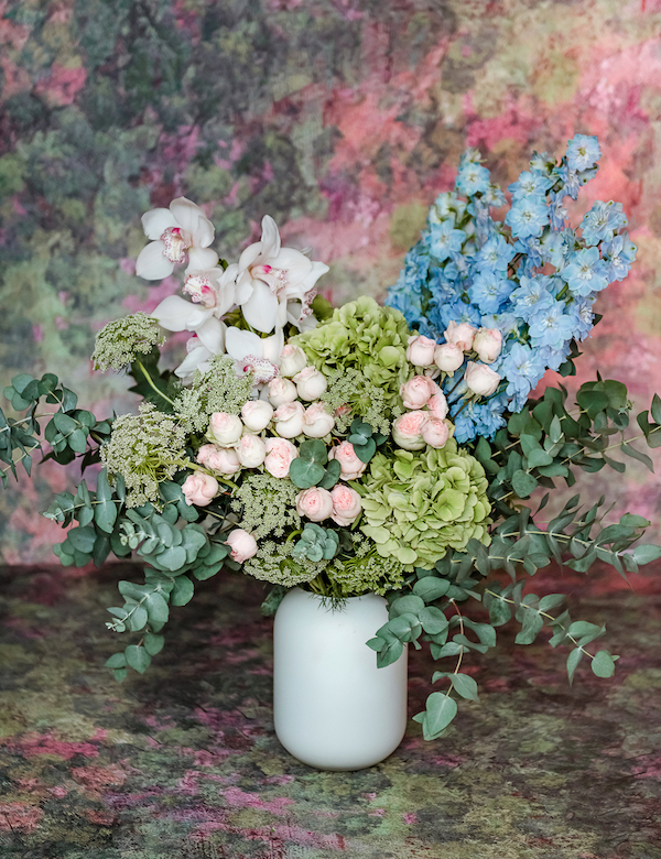 BLISS-FLOWER-BOUQUET-MOSS-GREEN-HYDRANGEA-4